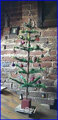 ANTIQUE VINTAGE 36 TALL GOOSE FEATHER CHRISTMAS TREE & 30 DECORATIONS