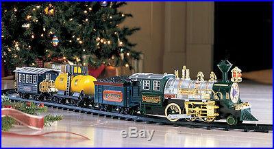 CHRISTMAS Tree Train Set Traditional With Lights & Sound