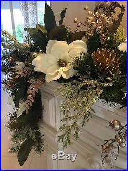 Christmas Garland Magnolia Garland 9 Foot 50 Cordless