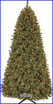 General Foam 7.5′ PINEHURST PRE-LIT 800 CLEAR LIGHTS CHRISTMAS TREE OR-RAF166248