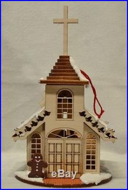Ginger Cottages Christmas Chapel GC102