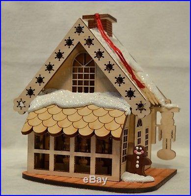 Ginger Cottages Drosselmeyer's Nutcrackers GC107