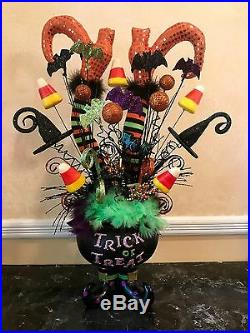 Halloween Centerpiece Not Wreath Cauldron Witch Legs Feather Floral Raz Decor