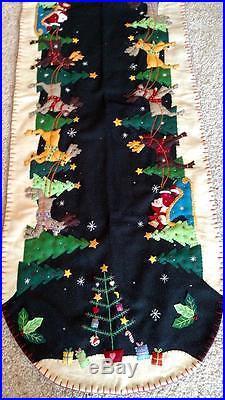 Handmade Wool Flannel Felt Embroidered SANTA & Reindeer CHRISTMAS TABLE RUNNER