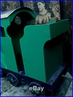 Life Size Massive Very Heavy Wooden Childs Shop Christmas Display Train 6ft