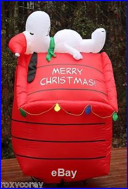 Merry Christmas Peanut Lighted Snoopy on Doghouse Airblown Inflatable 5 ft NIB