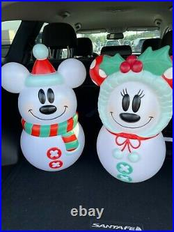 """Mickey and Minnie Mouse Disney Blow Mold Snowman Lighted Christmas 23"""" Tall"""