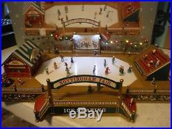 Mr Christmas World's Fair Style Lited Mural Victorian Era Skating Rink Music Box