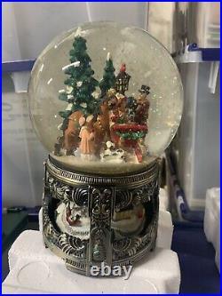 Musical Winter Wonderland Large Snow Globe Rotating Base W\Box HTF Kirkland