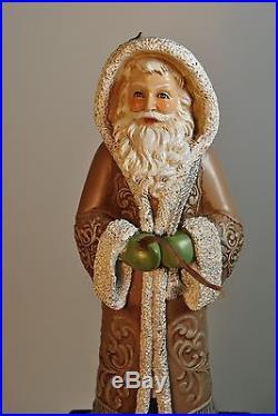 NEW! THE CHRISTMAS SHOPPE HOLIDAY DECOR SANTA CLAUS STOCKING HOLDER FIGURINE, 10