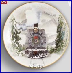 NIB Pottery Barn S/4 NOSTALGIC TRAIN Salad PLATES CHRISTMAS Vintage SANTA