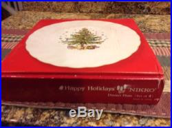 Nikko HAPPY HOLIDAYS Christmas Tree Set of 4 / 10 1/2 Dinner Plates