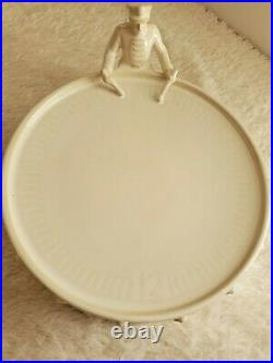 POTTERY BARN 12 Days of Christmas Drummer Boy Cake Stand / Plate