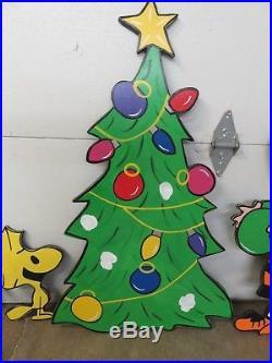 Peanuts Christmas Charlie Brown Gang 10 Piece Set Wood Yard Art Lawn Decoration – Christmas ...