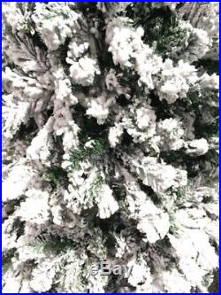 Perfect Holiday 8′ Snow Flocked Artificial Christmas Tree