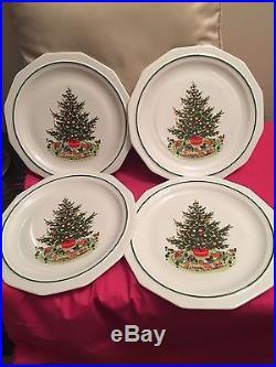 Pfaltzgraff Christmas Tree Heritage Set of 4 Dinner Plates NIB