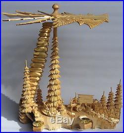 Pyramide komplett massiv geschnitzt Handarbeit aus dem Erzgebirge Schnitzerei