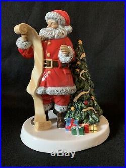 ROYAL DOULTON Large 24cm Santa's Christmas List 2018 HN5891 Boxed Figurine