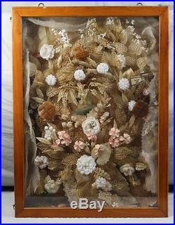 Riesige Klosterarbeit im Glas Schaukasten mit Tür 19. Jhdt. Ca. 79x58x11 cm