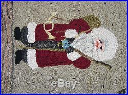 Santa Claus Christmas Hand Hooked Wool Rug / Wall Hanging