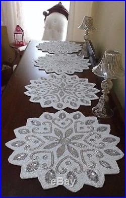 SeT Of 6 SpARKLY WhITE SnOWFLAKE GLaSS BeADS CrYSTALS PLaCEMATSLaRGE15 inch