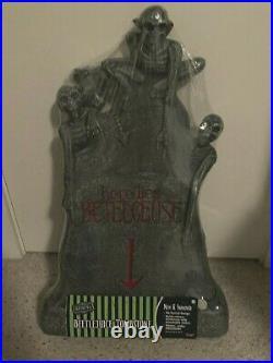 Spirit Halloween Beetlejuice Light Up Tombstone Graveyard Rare 2020 NEW MIP