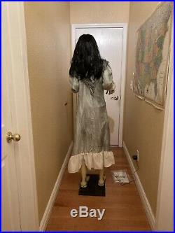 Spirit Halloween Broken Spine Girl Animatronic Prop Retired Rare