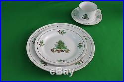 Tienshan Holiday Hostess Dinnerware Set Christmas Tree 31 Pieces