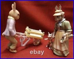 Villeroy & Boch v&b Bunny Family Hasenpapa mit Schubkarre + Hasenmama mit Hut
