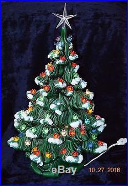Vintage Ceramic Christmas Tree Atlantic Mold 23 Lighted